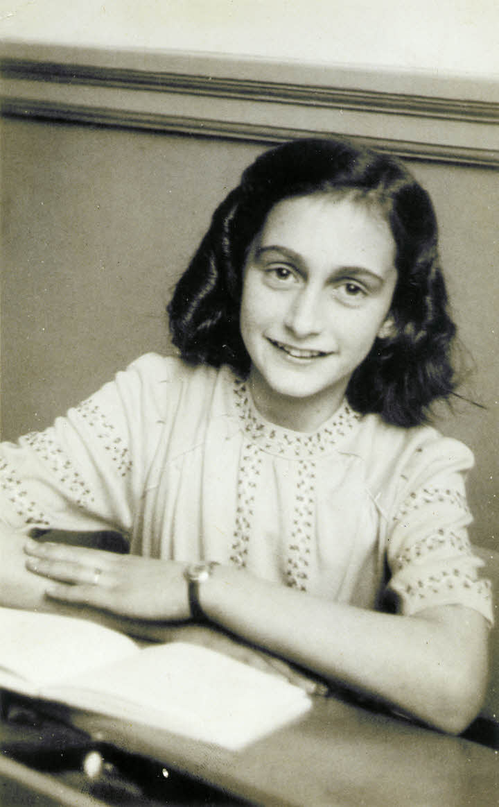 Anne Frank lacht